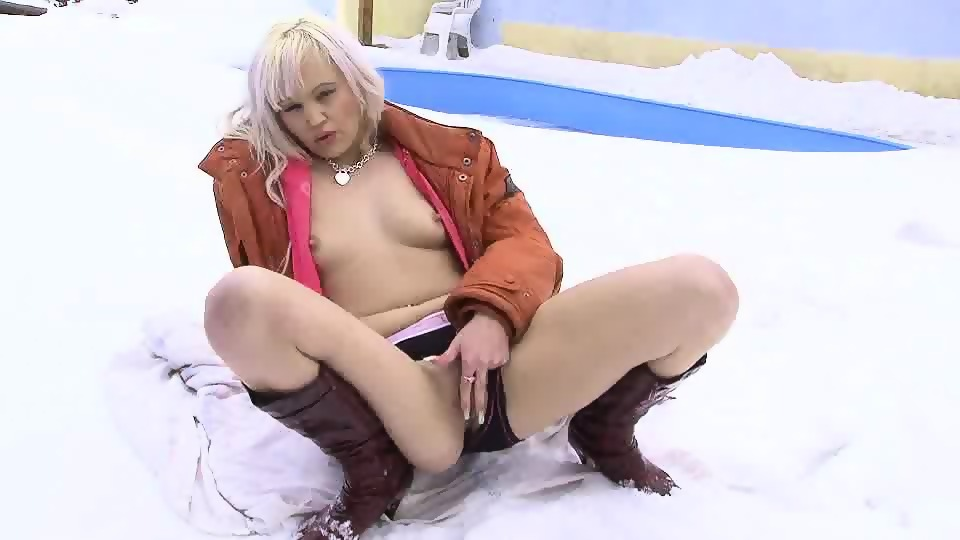 Agree, video of pissing babes