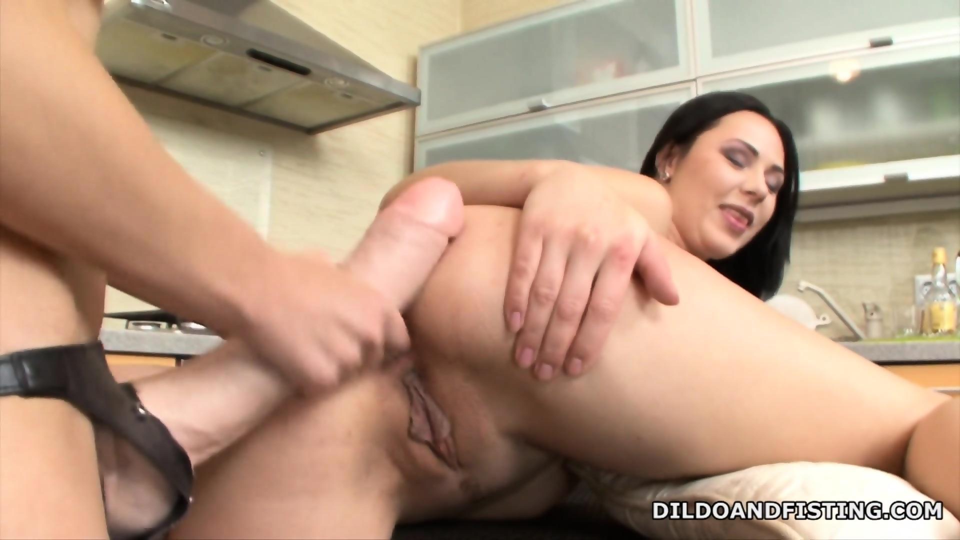 Extreme multiple orgasm