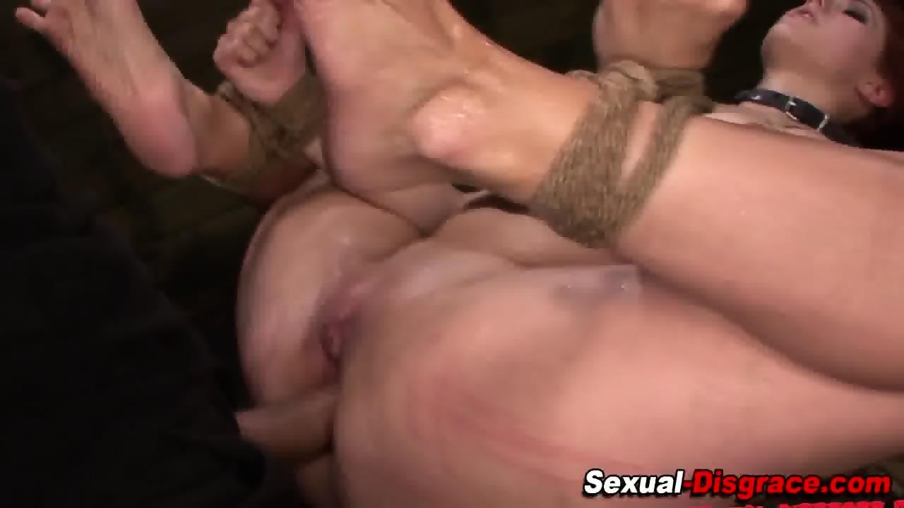 Cum on black tranny ass