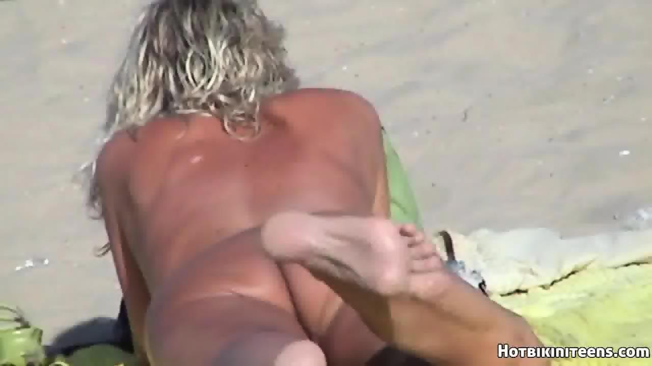 www nude females