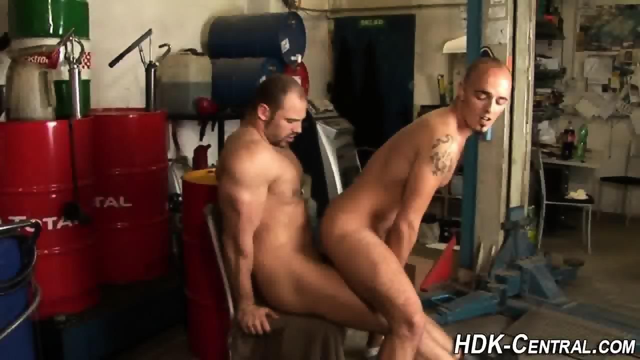Raw Dawging Hunks Spunk