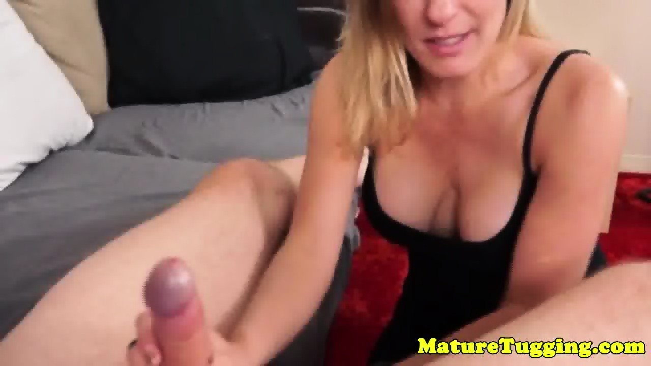 Bigtitted mature jerking dick wearing gloves 10