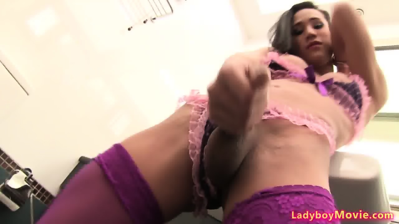 Naked Girls 18+ Hentai sex toys