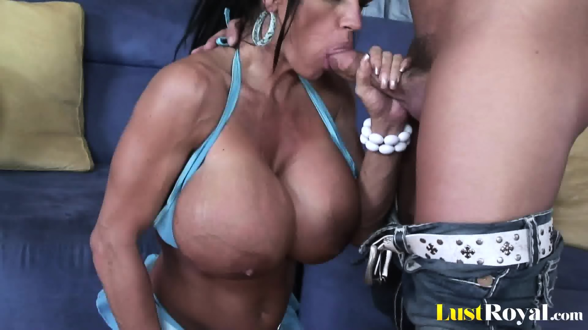 image Extremely busty mommy lisa lipps loves to bonk