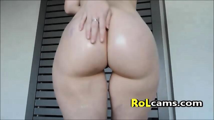 Fat women skinny head nake