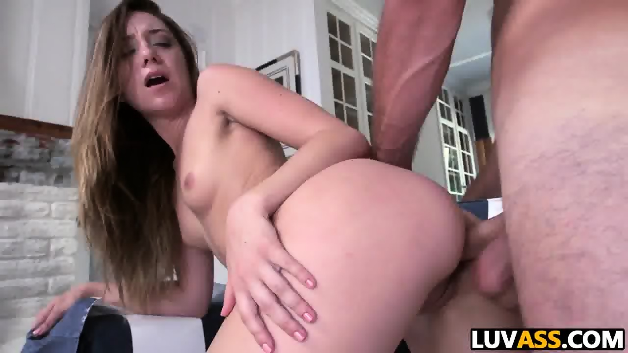 Black wet pussy gets fucked