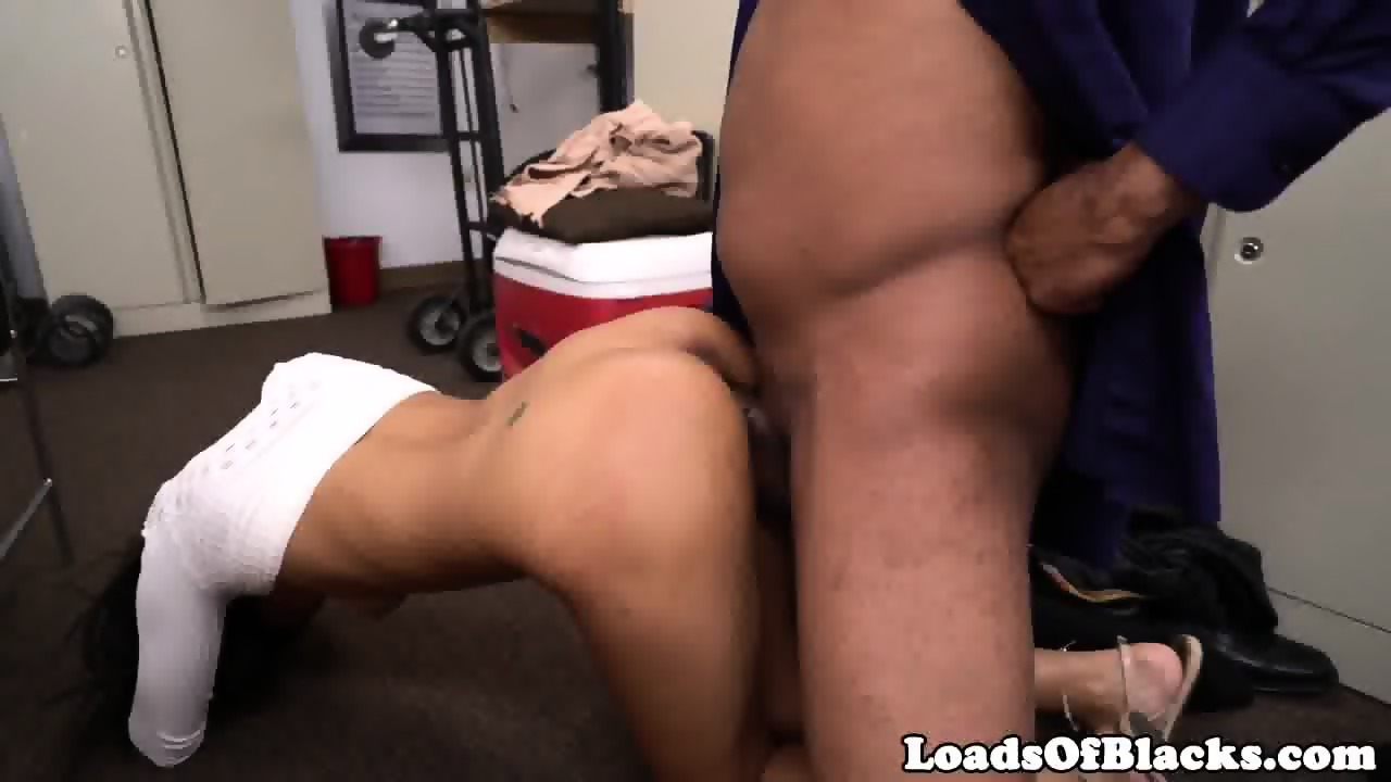 casting super tight pussy