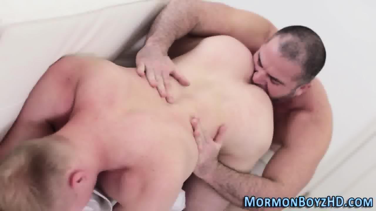 Polar Bear Fucks Ass Raw