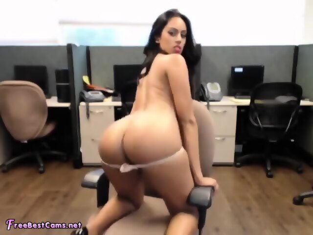 Orgasm while at work