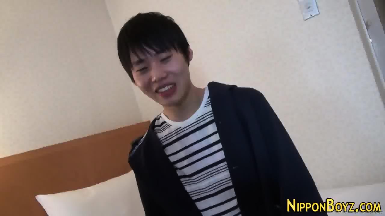 Oriental teen jerked off