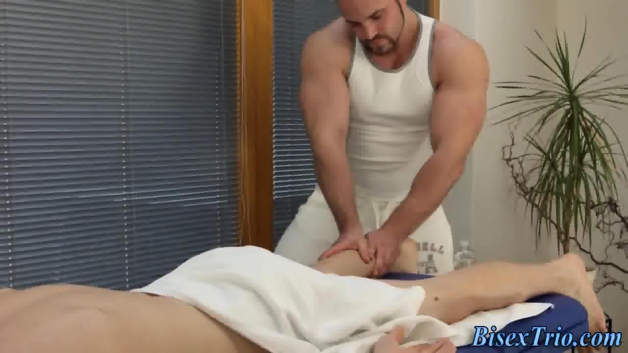 Bi masseur fucks and cums