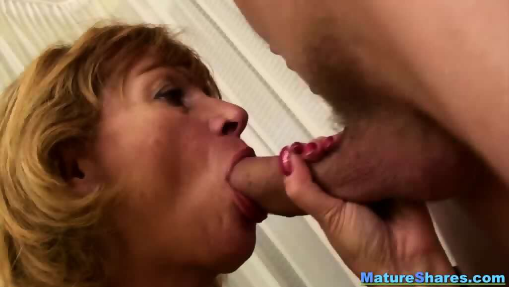 Lesbian face riding orgasms