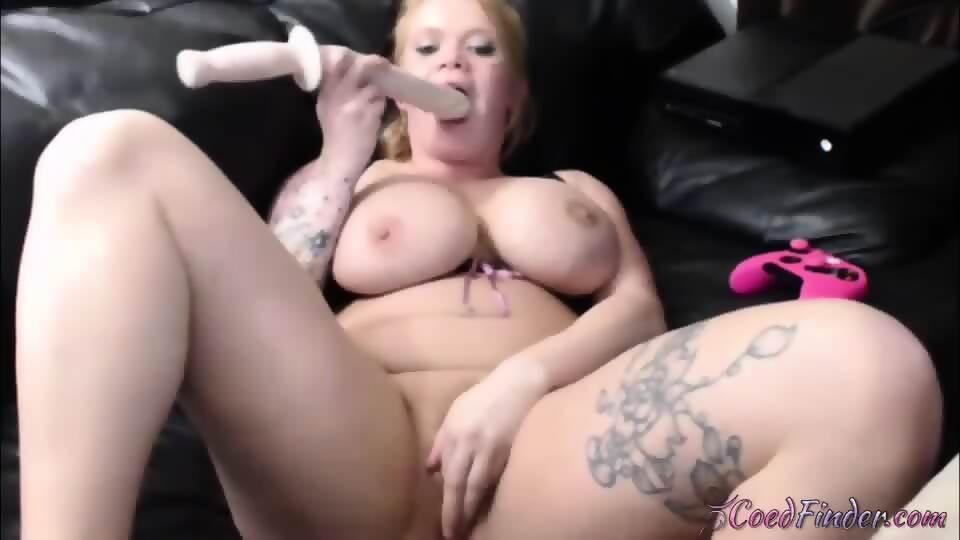 big dildo in pussy puts Girl