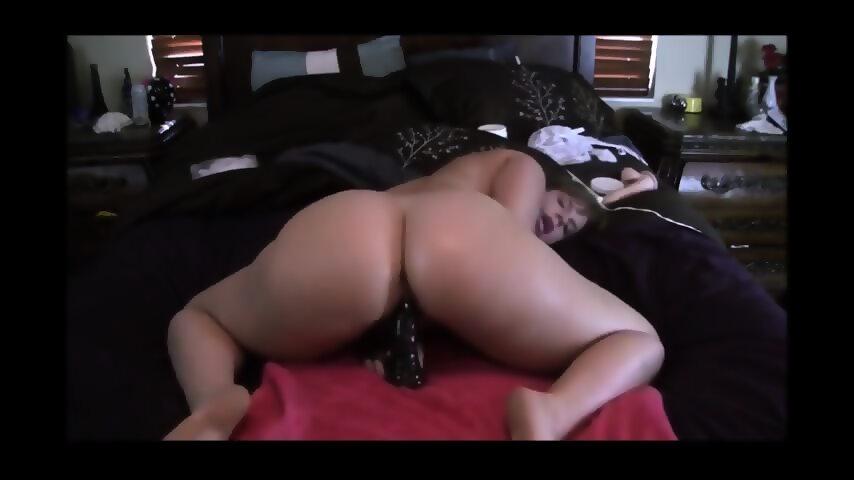 Dildo Pussy Grip Riding