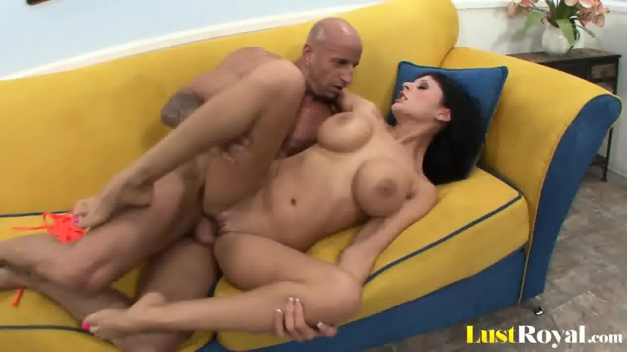 Black chick anal fisting