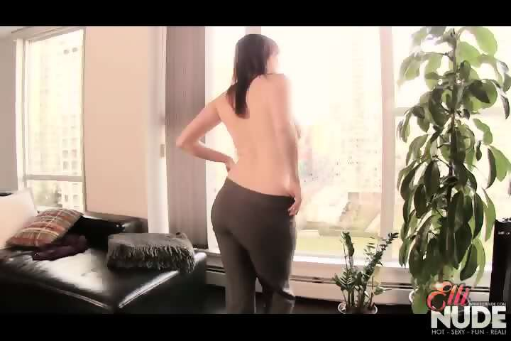 hot-ass-striptease-young-pornsex-imaages