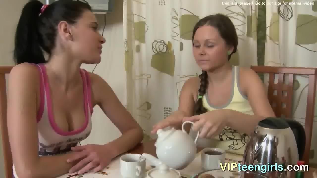 Nice tits brunette amateurs banging