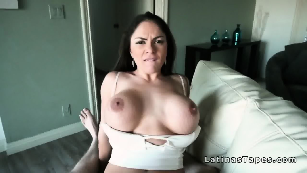 Hot milf loves sucking cock