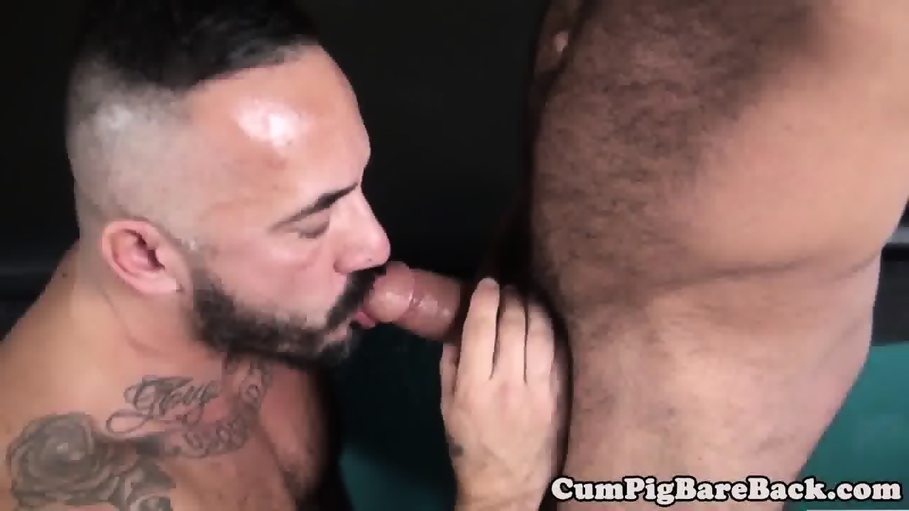 Muscle bear cumdrops while riding raw cock - scene 1
