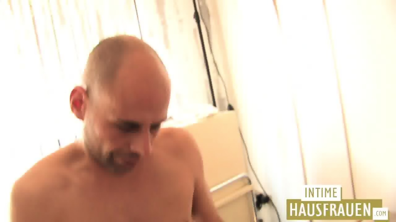 German bitch gets fucked on the couch
