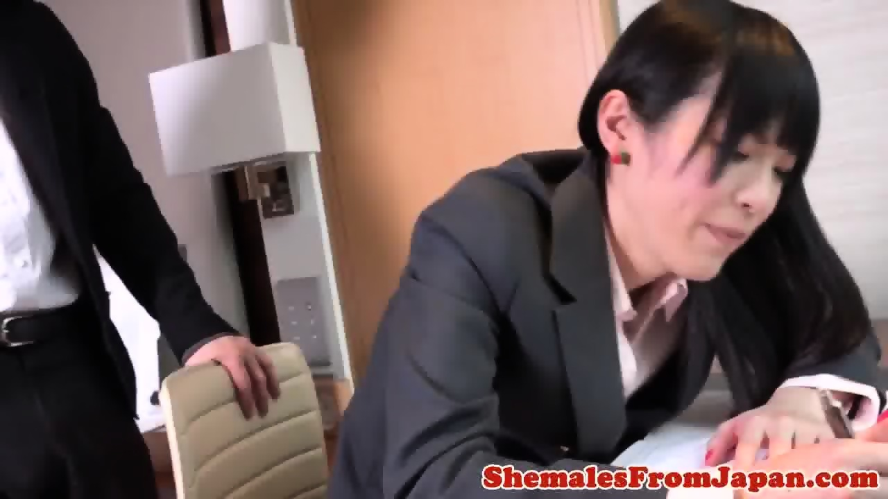Ladyboy Ally Filled With Nuts