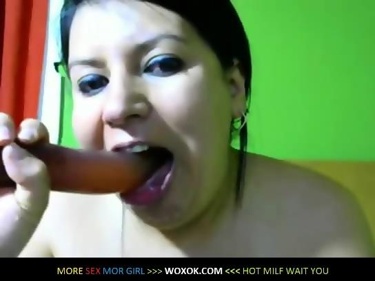 Milf gagging on dildo on webcam