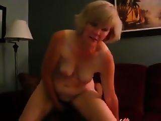 Blonde Beste Freundin Liebt Den Groen Schwarzen Schwanz