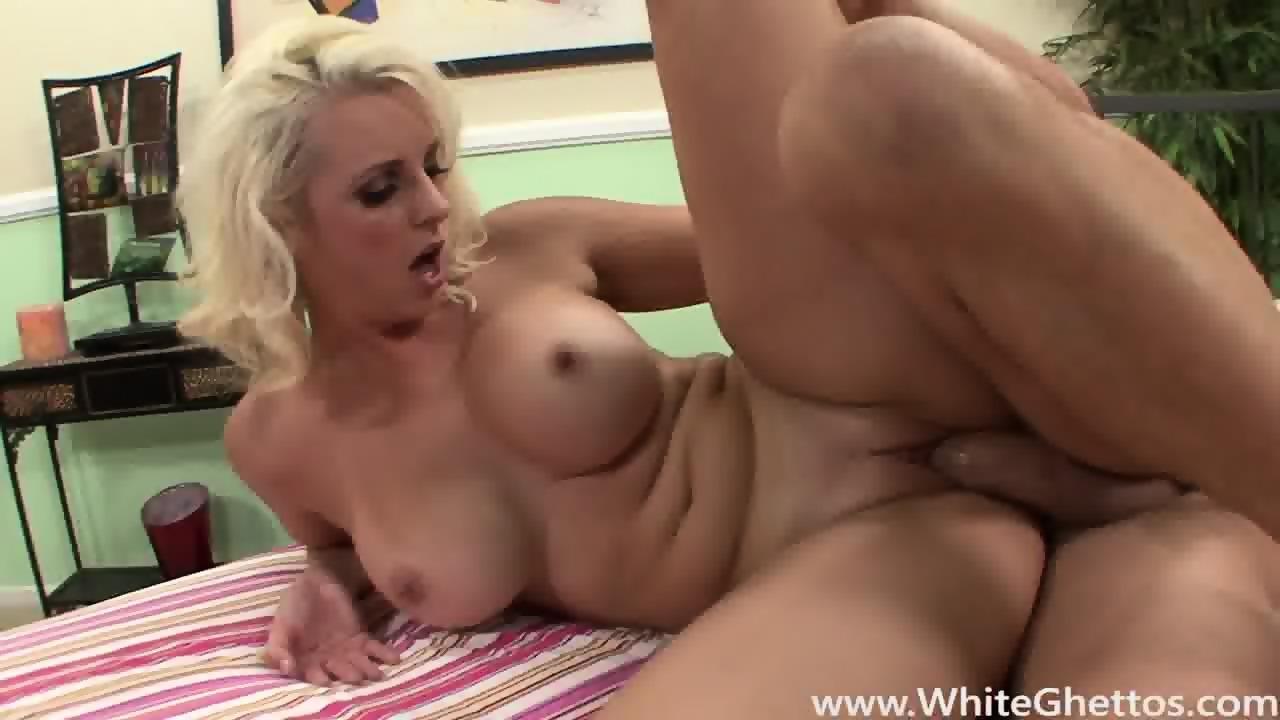 Milf get tits on cummed