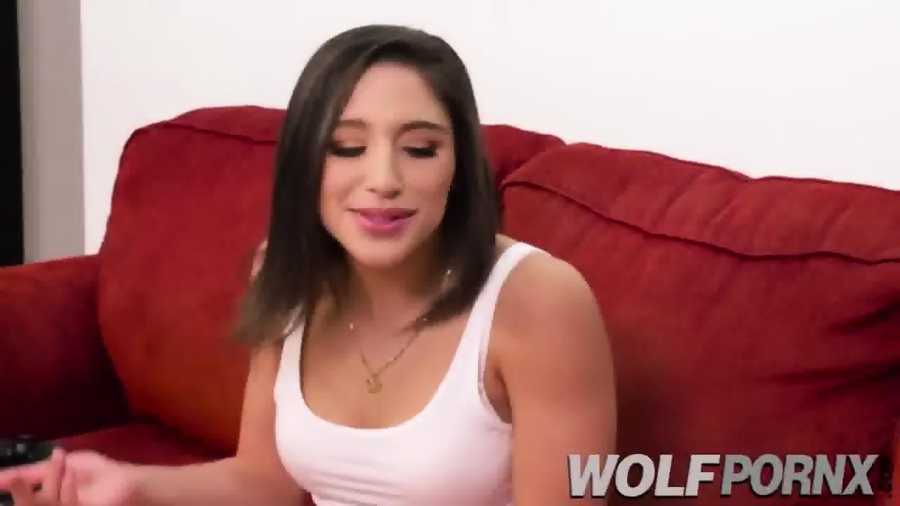 Blonde Webcam Girl Fills All Her Holes
