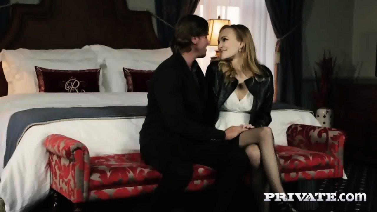 Belle Claire Takes A Creampie In A Mansion…