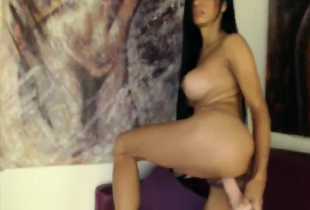 Busty Colombian Teen Natalia Toying On Webcam Watch Her Orgasm