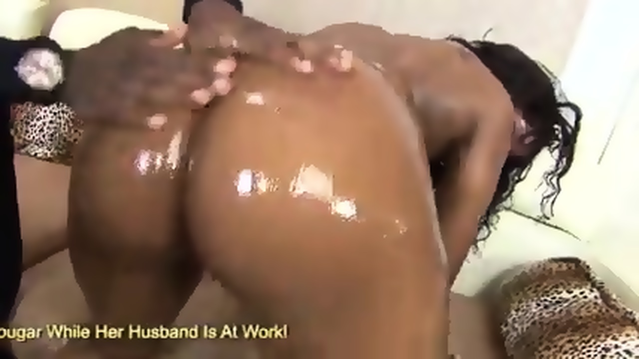 Squirting Brunette