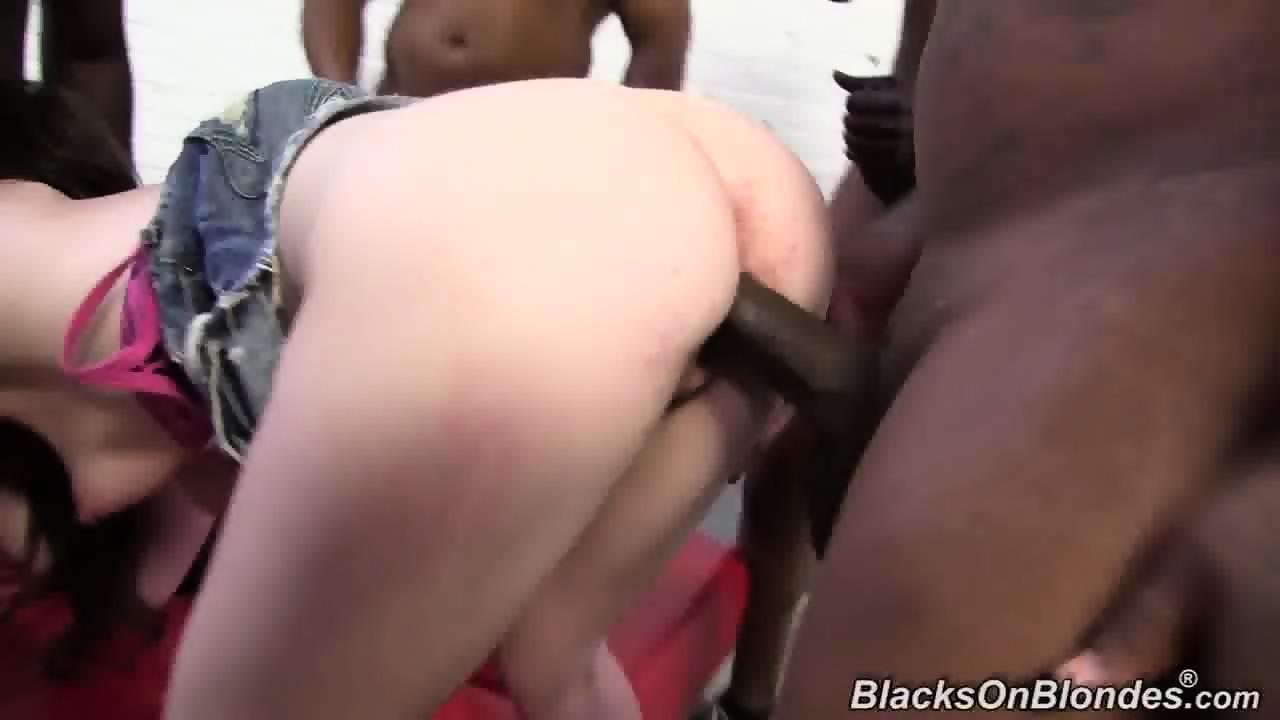 Mega Gangbang Jennifer White - Jennifer White Gangbang With Black Guys - EPORNER