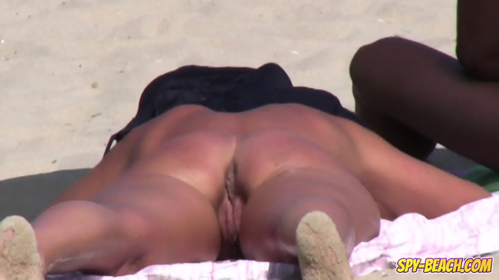 milf pussy at the beach