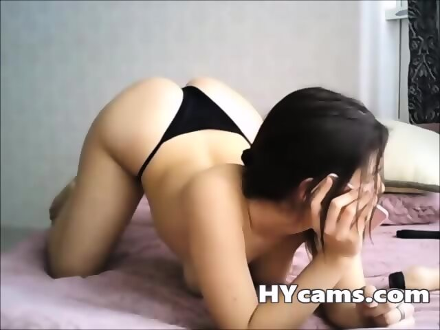 Moms free handjob movies