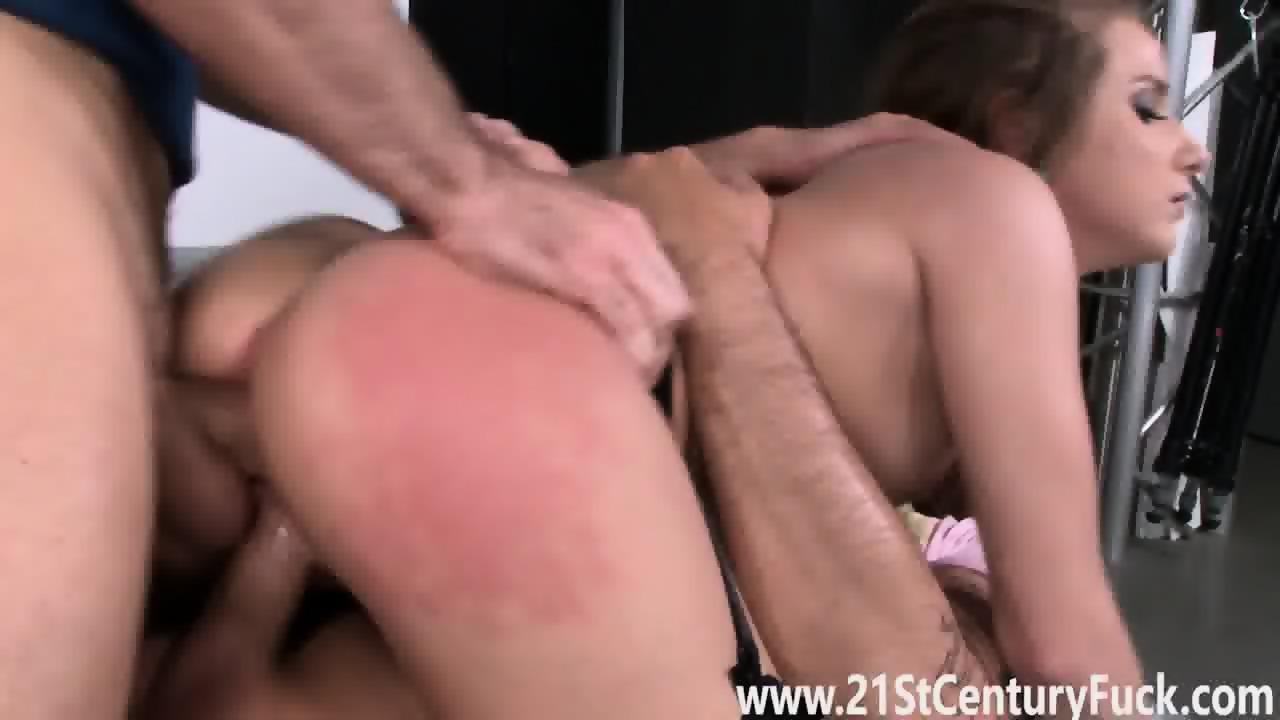 Humongous sexy ass latina fucked