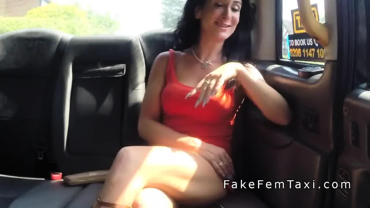 Upskirt pussy flash videos