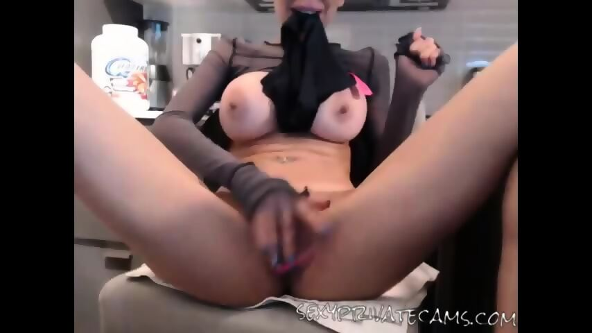 Idea fingers pussy chick sexyprivatecams redhead her wet have hit