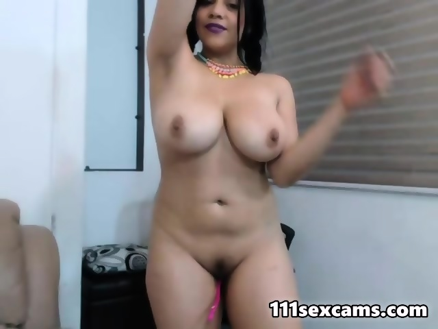Latina boobs webcam