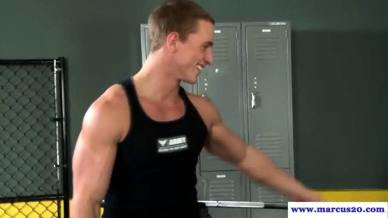Gay bareback fisting