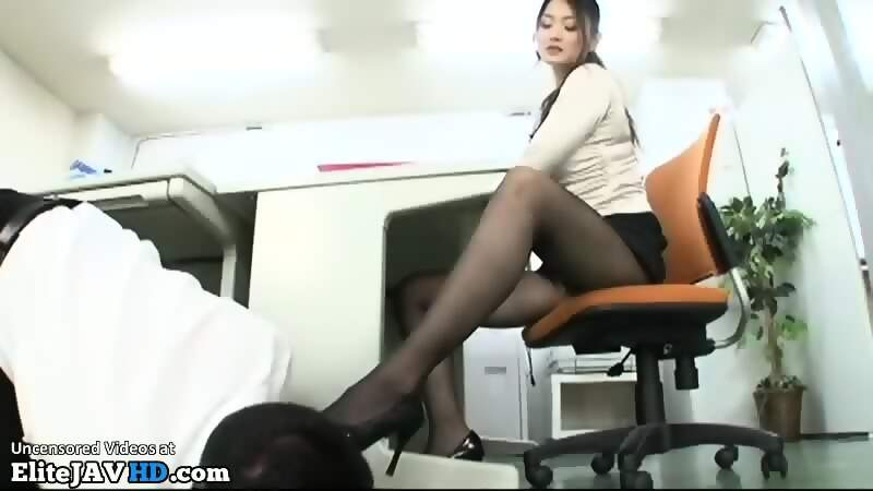 Boss Gets Blowjob Office