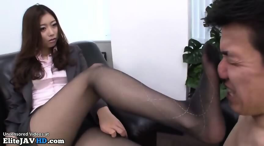 Michelle Moist Foot Fetish