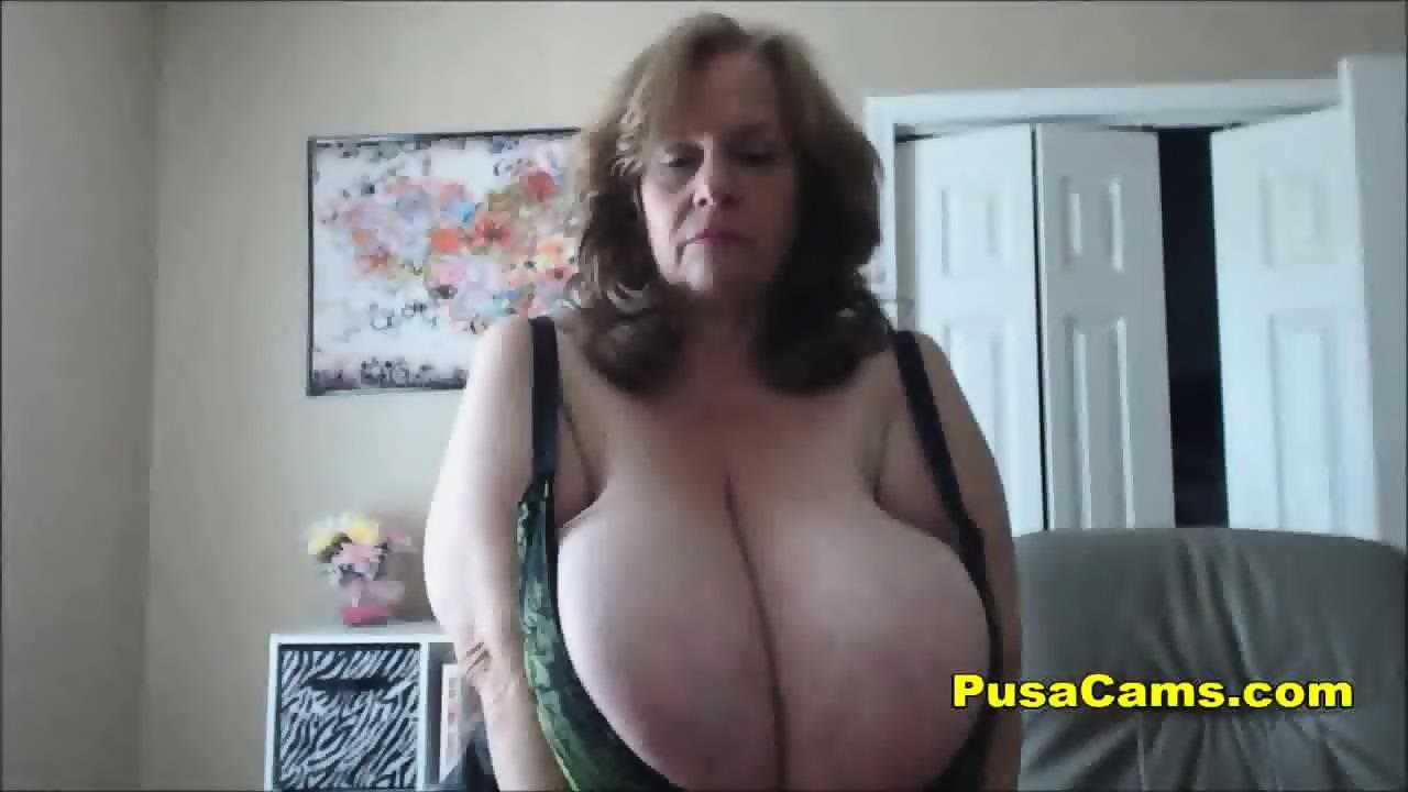 Supermodel nude strip