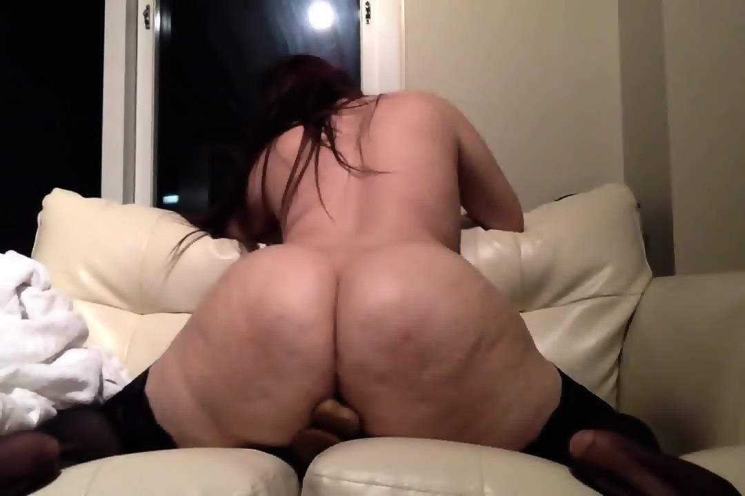 girl fucks dildo