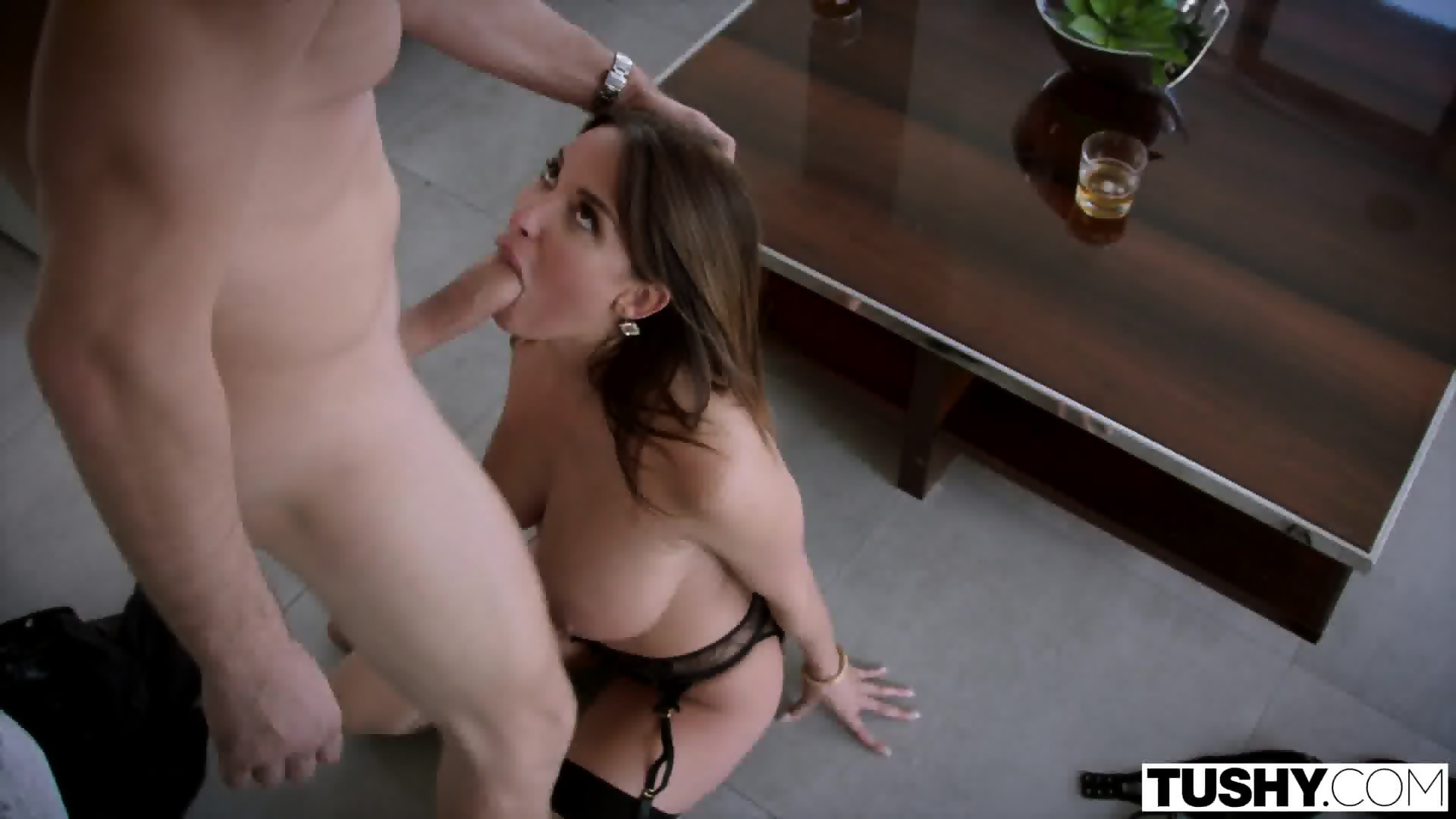 Bad pussy and sex bomb
