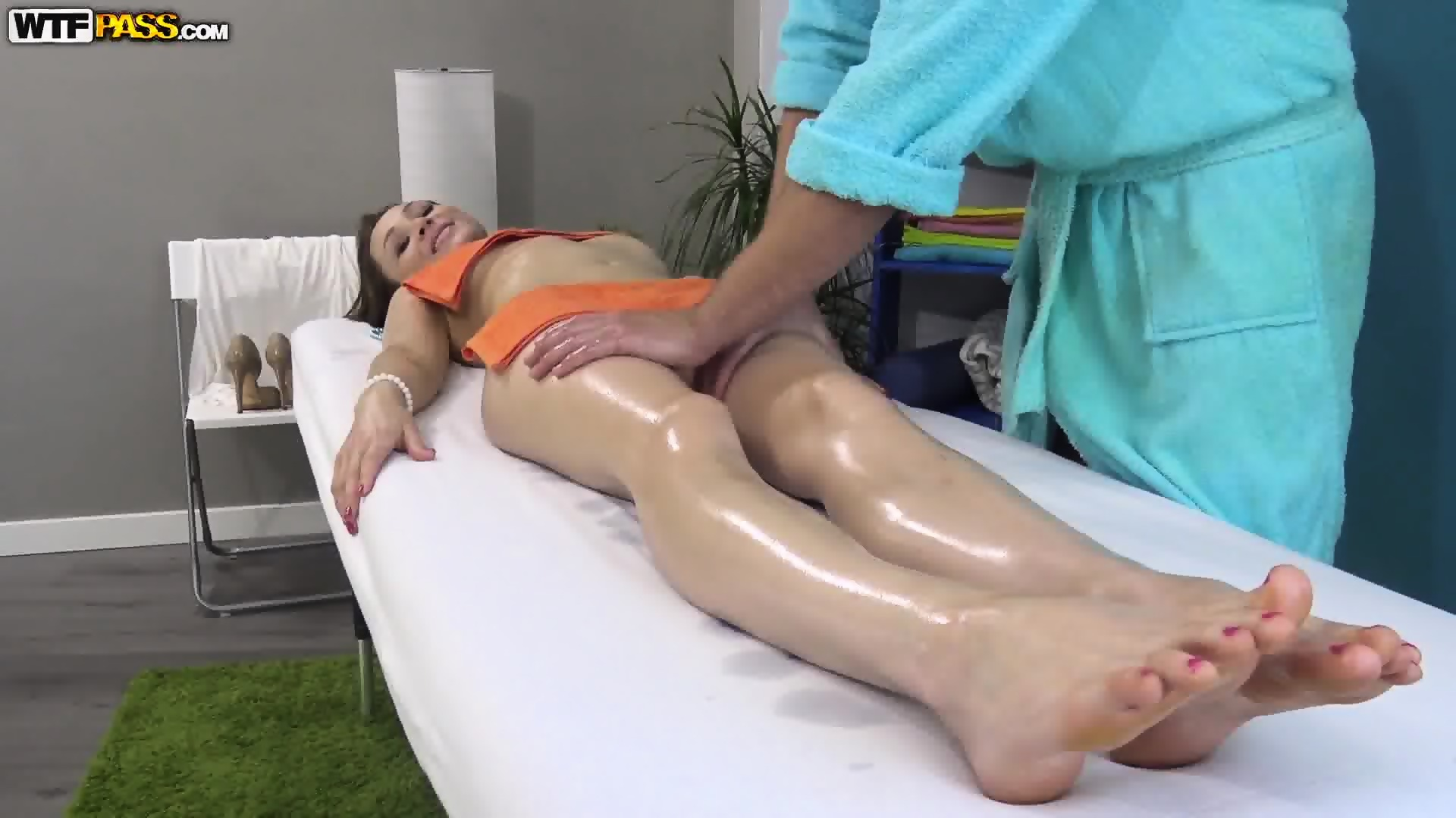 Sensual Massage Turns Into Nice Sex Scene 5
