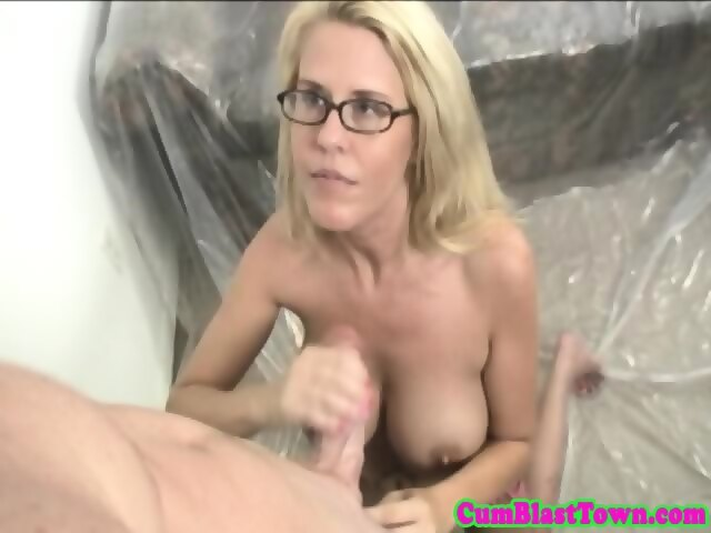 Fishnet double blowjob missionary solo