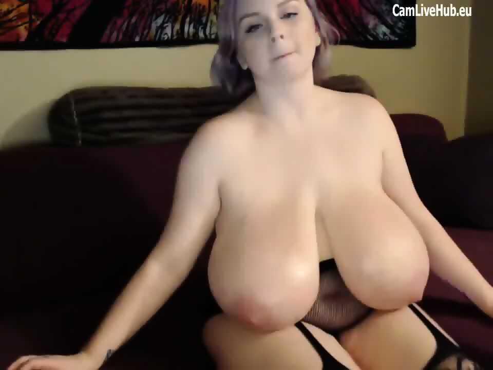 I like small tits