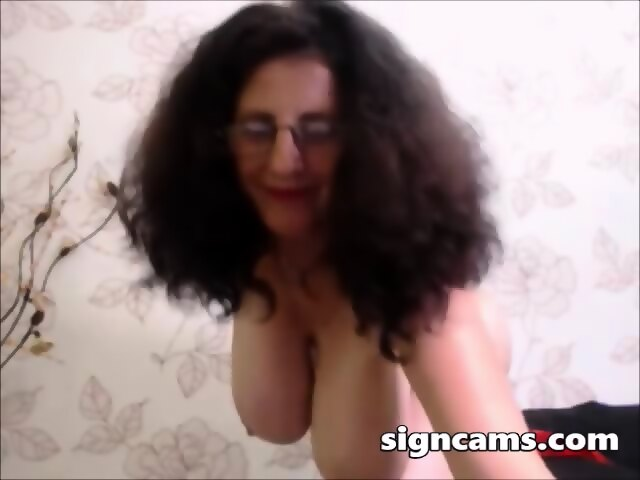 Big Saggy Natural Tits Solo