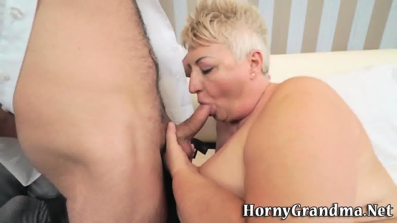 Grandma gives blowjob